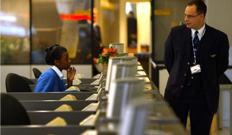 Coronavirus duwt personeel tijdelijk de WW in bij duizenden bedrijven – met KLM als grootste